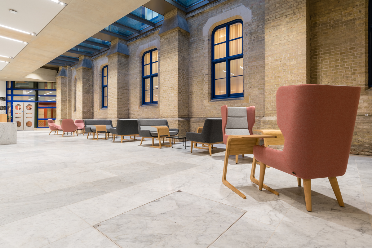 Cambridge University - Judge Business School - Casual Furniture