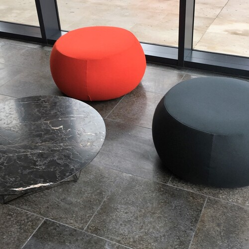 Thames Tower Street Level Reception Soft Seating
