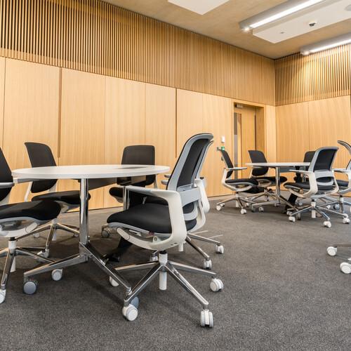 Cambridge University - Judge Business School - Seminar Room Furniture