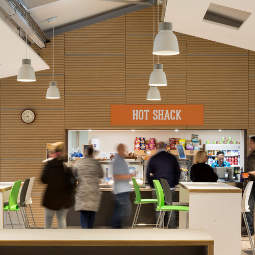 Greater Brighton Metropolitan College - Café